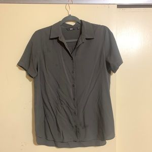 Uniqlo short sleeve button down